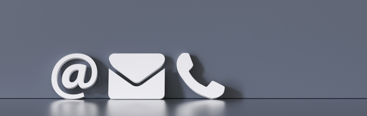 Icons of an @ letter and phone